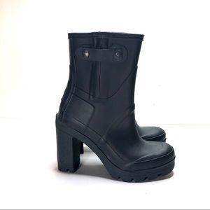 Hunter block heeled rubber rain boot size 7